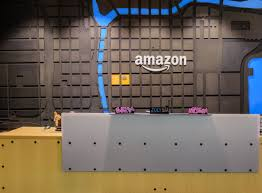 amazon office space. Amazon Expands Chicago Footprint, With Office Space For Up To 400 Employees