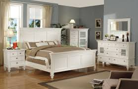 Bedroom White Furniture - Bedroom with white furniture