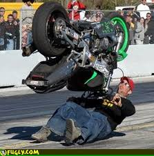 Guy Bench Presses Weights While Riding A Motorcycle Wheelie  YouTubeBench Press Wheelie