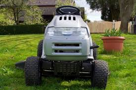 riding mower battery won t hold a charge thriftyfun how can you get the lawn mowed when the battery won t hold a charge perhaps a bit of troubleshooting will help you discover the cause and make repairs