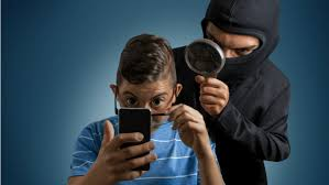You That Watching And Listening Apps Could Spy Smartphone Be Right 5 apwHqzU