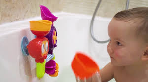 <b>набором игрушек</b> для ванны EURIKA купаться в ванной и изучать ...