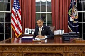 president in oval office. President Barack Obama Signs The Payroll Tax Cut Extension In Oval Office, Feb. Office U