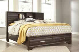 Carissa California King Bed