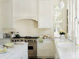 Image Of: Modern White Kitchen Style
