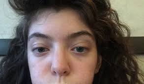 lorde without makeup