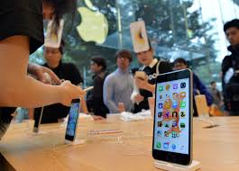 iphone japan. iphone 6s japan launch sales down up to 15 percent compared apple inc.\u0027s 6 iphone n