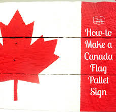 how to make a canada flag pallet sign tutorial at thehappyhousie