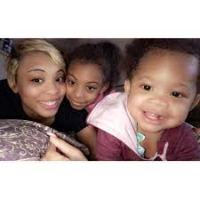 """Detroit Griot on Twitter: """"Aja Hawkins (@_MsAjaD) and her daughters Zoey  and Zariya. Aja is a graduate of Alabama State University and a Jack of all  trades. Whether it's event planning or"""