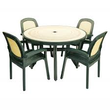 toscana 120 table with beta chairs