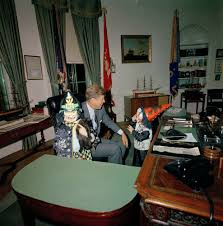 jfk in oval office. Flashback: JFK\u0027s Children Modeled Halloween Costumes In The Oval Office | From Archives Dallas News Jfk