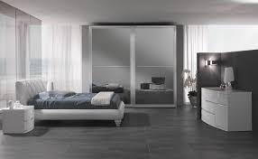 Camere Da Letto Moderne Uomo : Camera da letto moderne spar cucina moderna arreda camere