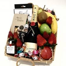 fresh fruit gift baskets