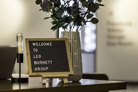 wonderful interior modern leo burnett office lobby. Designed By Arc Worldwide\u0027s Retail Design Group Photography Kevin Meyer Wonderful Interior Modern Leo Burnett Office Lobby F