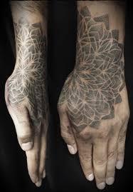 фото мужских тату на кисти руки 40 картинок забавник