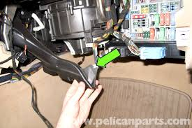 1992 bmw 325i fuse box location modern design of wiring diagram • bmw e90 blower motor replacement e91 e92 e93 pelican parts diy rh pelicanparts com 1988 bmw 325i fuse box 2001 bmw 325i fuse box
