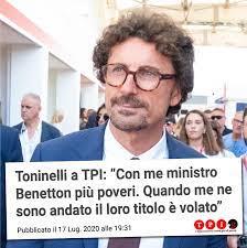 Danilo Toninelli - Ecco la mia intervista di oggi a TPI.it 𝗦𝗲𝗻𝗮𝘁𝗼𝗿𝗲  𝗧𝗼𝗻𝗶𝗻𝗲𝗹𝗹𝗶, 𝗶𝗹 𝘀𝘂𝗼 𝘃𝗶𝗱𝗲𝗼 𝘀𝘂𝗶 𝘀𝗼𝗰𝗶𝗮𝗹, 𝗱𝗼𝗽𝗼  𝗹'𝗮𝗰𝗰𝗼𝗿𝗱𝗼 𝘀𝘂 𝗔𝘂𝘁𝗼𝘀𝘁𝗿𝗮𝗱𝗲, 𝗲̀ 𝘀𝘁𝗮𝘁𝗼 𝗺𝗼𝗹𝘁𝗼  𝗰𝗿𝗶𝘁𝗶𝗰𝗮𝘁𝗼. (Sorriso) Da ...