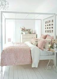 Shabby Chic White Bedroom Vintage White Bedroom Shabby Chic White ...