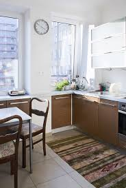 Small Space Kitchen How To Choose Kitchen Essentials For A Small Space