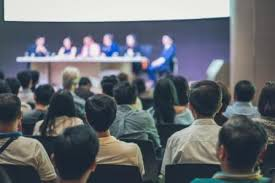 how to moderate a panel discussion