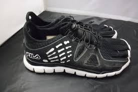 Used Fila Skele Toes Shoes Size 8 5
