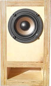 picture of diy bookshelf speakers