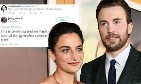 Chris Evans and Jenny Slate's flirty exchange on Twitter