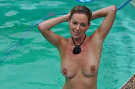 Free pics voyeur pool women