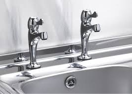 Drama In The Kitchen In The Log House U2013 All Sinks Are Not Equal Bq Kitchen Sinks And Taps