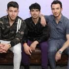 Jonas Brothers [14 Tracks]