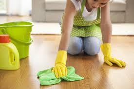 Ihr vinylboden ist grundsätzlich ein sehr pflegeleichter bodenbelag. Vinylboden Reinigen Und Pflegen Putzen De