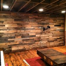 ... recycled pallet accent wall