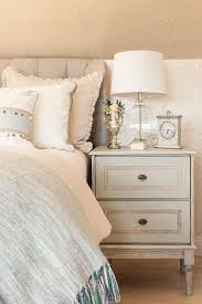 Bedroom Ideas For Women In Their 20s Stick Leg Varnished Wooden