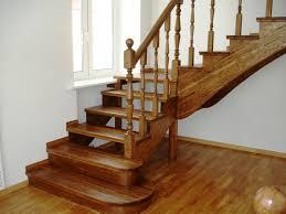 Stop it ist insbesondere als rutschschutz für die treppe hilfreich, wo ein ausrutscher noch fatalere folgen haben kann als. Treppen Mit Einer Plattform Von Ihren Eigenen Handen 4 Arten Der Konstruktion
