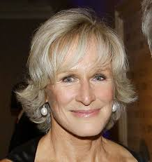very short hairstyles for women over 70