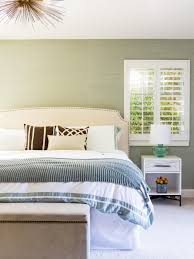 Plantation Style Bedroom Furniture Furniture Plantation Master Bedroom With White Comfort Bed And