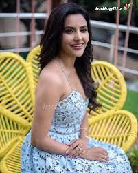 Priya Anand Photos - Tamil Actress photos, images, gallery, stills and  clips - IndiaGlitz.com