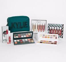 Kylie Cosmetics Holiday Collection 2017 ...