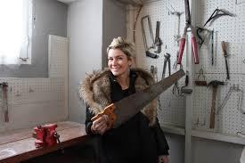 Amanda Forrest - With Saw