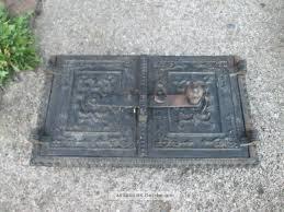 Alte Ofentür Warmhaltefach Mit Relief Guss Kachelofen Tür