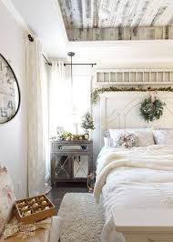 Farmhouse Style Master Bedroom Decoration Ideas