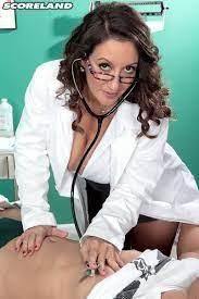 Mature Female Doctor At Mature Nude Porn