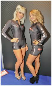 Sexy babes in lycra