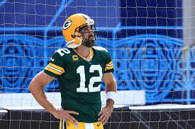NFL World Reacts To Crazy Aaron Rodgers ...