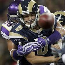 Can Sam Bradford overcome troubling tendencies?