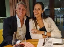 Bastian Schweinsteiger mit Ana Ivanovic im Restaurant - Ex-FC-Bayern-Star  postet bemerkenswertes Foto