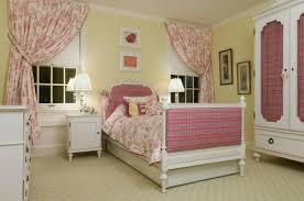 girls bedroom floor idea with patterned carpet