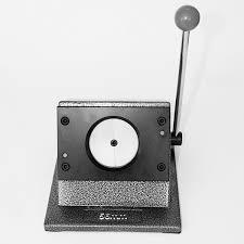 Настольный <b>вырубщик</b> для бумаги, для круглого <b>значка</b>, 56 мм