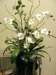 Contemporary Christmas Flower Arrangements Artificial Arrangements For The  Home Floral Arrangements And Decorating Contemporary Christmas Table