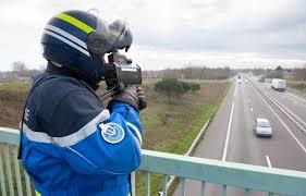 Loire-Atlantique: A 14 ans, il est contrôlé à 156 km/h dans une voiture volée